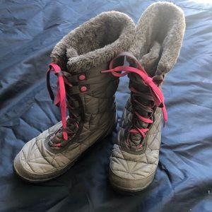 Columbia waterproof snow boots size 5